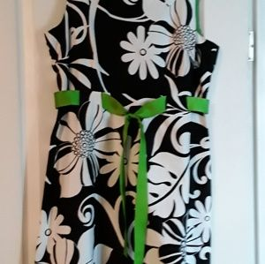 R &K DRESS...BLACK/WHITE/GREEN